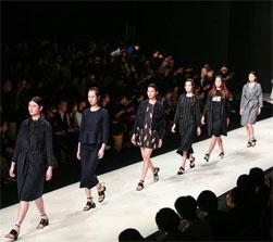 零融资的服装品牌衣品天成正准备IPO上市
