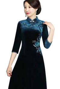 清秀雅致美如画 一条唐雅阁旗袍裙足矣