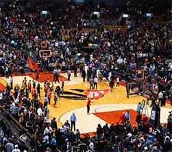 李���K止�c火箭�所有合作 NBA已�失去了中��市�觯�