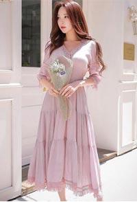 夺宝奇兵:浪漫的连衣裙和甜美的你更般配
