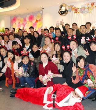 新春大吉!ANNA安娜女装携全体员工祝您新年快乐!