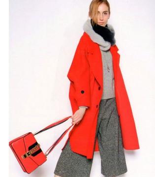 经典红色style重磅来袭 衣魅儿2017秋冬装惊艳你的视线感