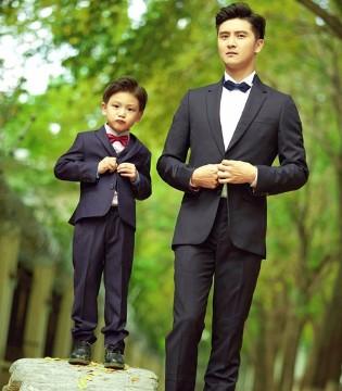 人气奶爸田亮与儿子小亮仔同框 画面十分温馨有爱