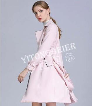 """不可分割的时尚气质 简约而不简单的""""伊童贝尔""""秋冬女装"""