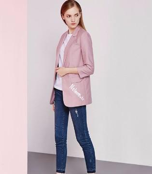 格忆K-reul品牌女装和你一起完美演绎秋季粉色个性风