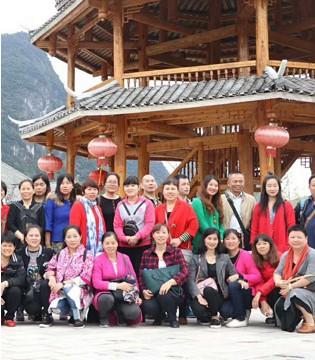曼茜纱棉麻文化之旅暨公司10周年庆掀开新篇章
