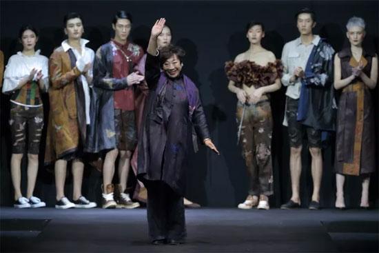 中国时尚 从心出发 梅赛德斯-奔驰中国国际时装