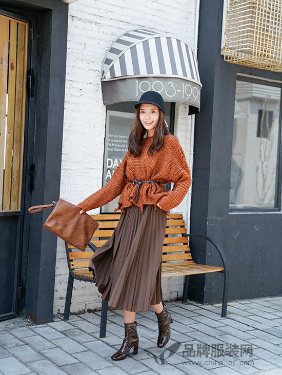 针织毛衣,焦糖色,百褶半裙,秋裤