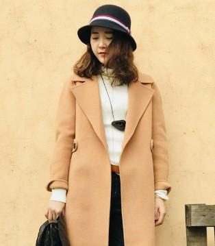 底色品牌女装 韩国女星太美丽 主要还是因为大衣