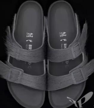 Rick Owen首次与Birkenstock合作 推出了马毛拖鞋