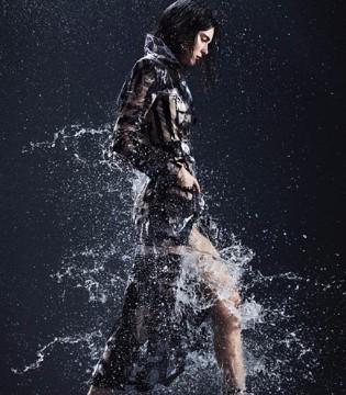 模特Kendall Jenner登《Harper's Bazaar》美版二月刊