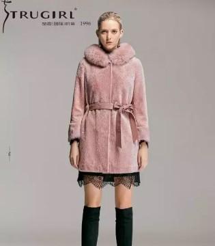楚阁 大衣有这4个元素才时髦 新年新衣照着买准没错