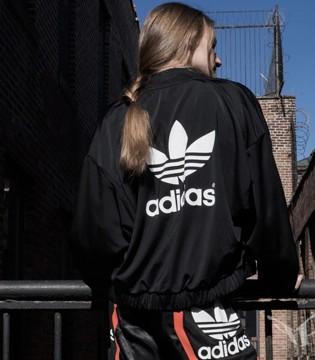 adidas风头正盛 计划进一步抢夺Nike在美国的市场份额