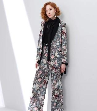 朗美睿LAMERRY 美到极致的大衣 过目不忘的精心设计