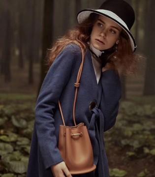 凯伦诗 遇见森林 遇见格林小镇的姑娘温婉秀气