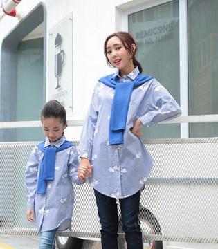孩子与父母共享的款式设计 甜蜜风带来其乐融融的欢快感