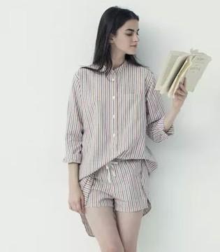 优衣库与Ines de la Fressange发布首个联名睡衣系列
