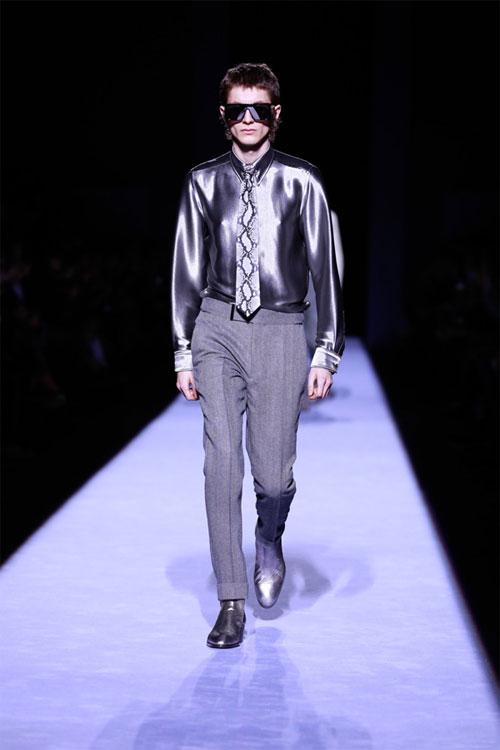 美国著名设计师U乐国际娱乐平台Tom Ford 2018秋冬系列男装秀