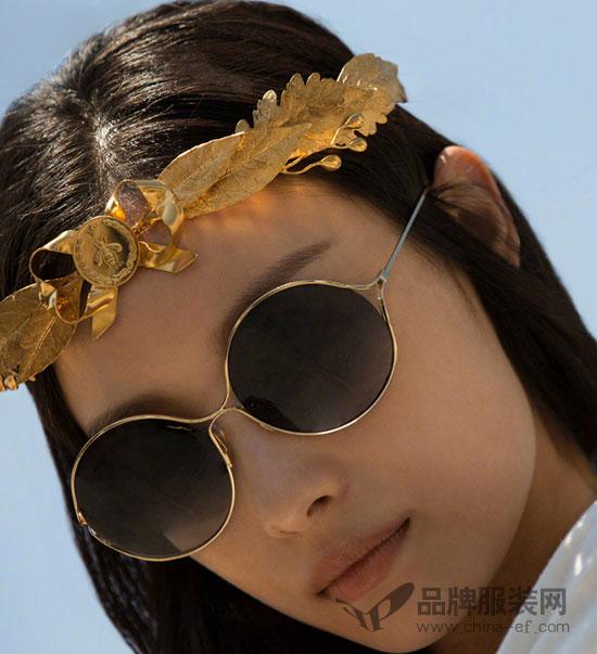 倪妮倾情演绎Gucci古驰2018春夏全新眼镜广告形象大片