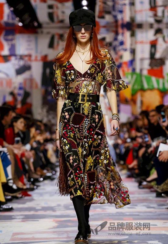 巴黎时装周Christian Dior 2018秋冬系列时装秀 很抢眼~