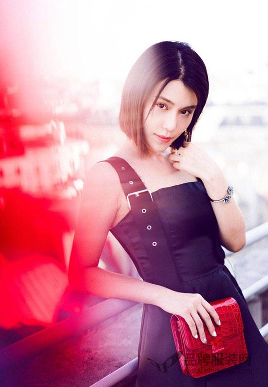 韩丹彤亮相巴黎时装周 最新时尚街拍美照强势来袭