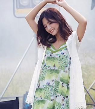 认同女装 百搭不出错的白+绿 变身春夏日清新氧气