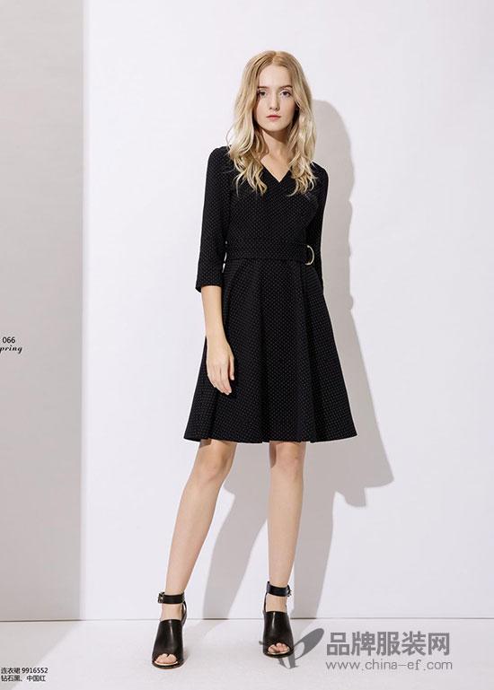 """""""依库Y.ku""""黑色时尚连衣裙,演绎着优雅高贵的气质"""