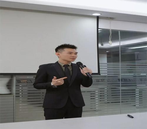 新一系品牌经理人培训会暨新零售模式营销峰会圆满落幕