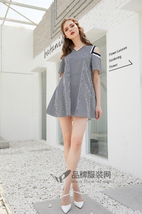 无需搭配的连衣裙 金蝶茜妮教你一键加入时尚圈