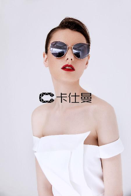 2018卡仕曼新品墨镜 新潮色时尚风标
