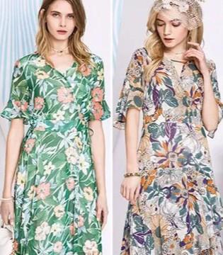 把夏季的美貌与风情都绽放在千百惠这条连衣裙里