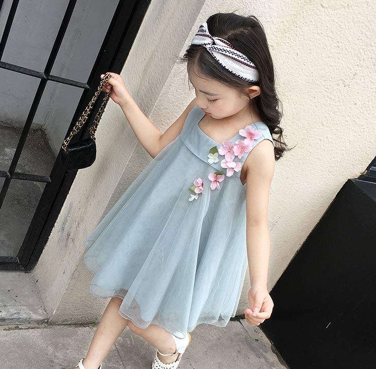 巴贝豆童装让宝贝们走在街上耀眼夺目