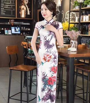 衣魅人gzymrfs优雅精致旗袍装扮 让女人做到真正的风情万种