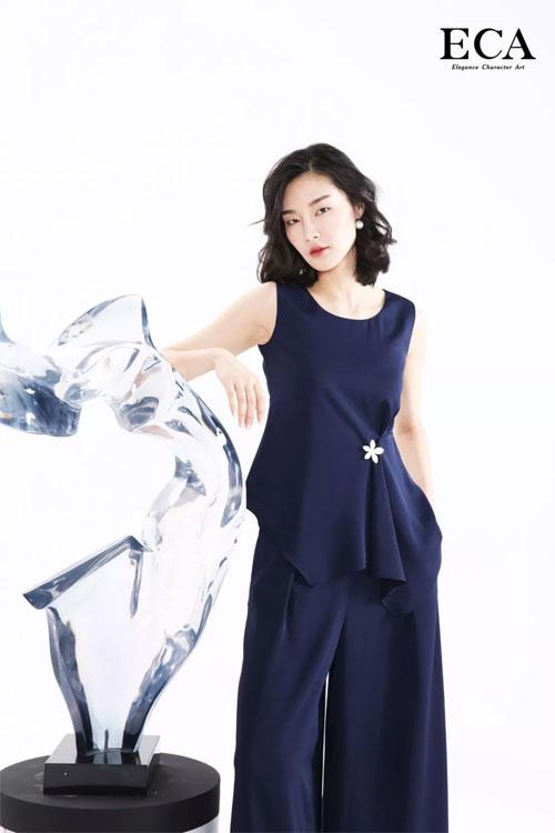 初夏静谧 穿上ECA轻盈灵动的裙子 一起摇曳生姿!