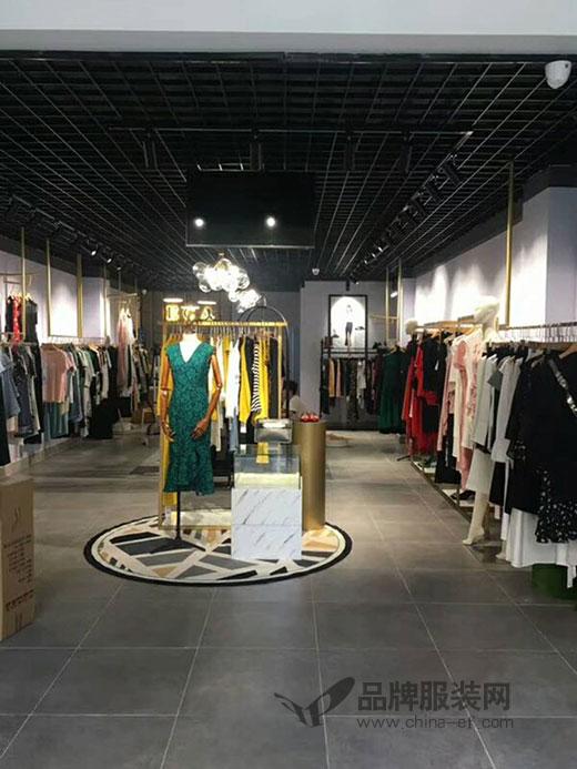 珠宝与服装完美结合 祝贺惠州ECA店盛大开业