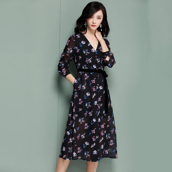 春美多:旅拍潮搭酷爱裙 悠然惬意一百分
