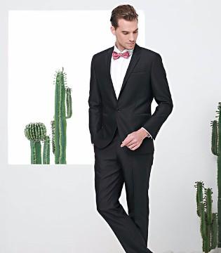 富绅VIRTUE充满魅力的西装搭配 瞬间成为女生心中的男神