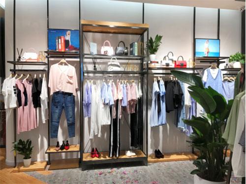 2018年女装店加盟创业 相信丹比奴品牌的力量