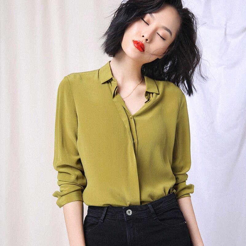 春美多:衬衫随性穿搭 轻松凹出帅气个性范