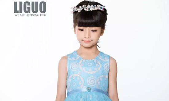 力果品牌童装2018新品上新 女孩心中都有的公主梦