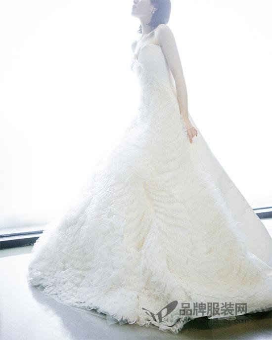 心目中最美好的婚纱 便是Vera Wang 2018春夏系列