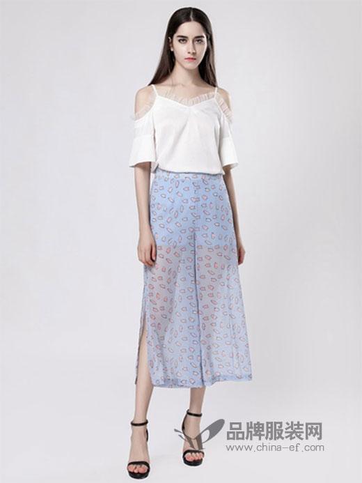 热烈祝贺贵州贵阳张女士加入YINFEI&音非女装品牌!