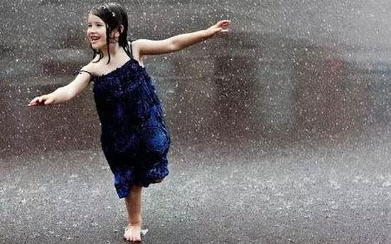 YES品牌女装 轻触雨季的魅力! 4月25新品上新啦!