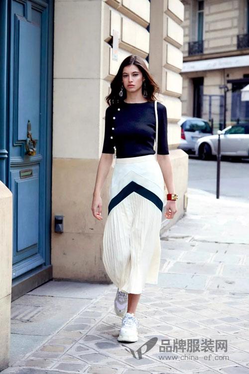 女人喜欢时尚 向往自由——雀啡品牌女装最懂女人!