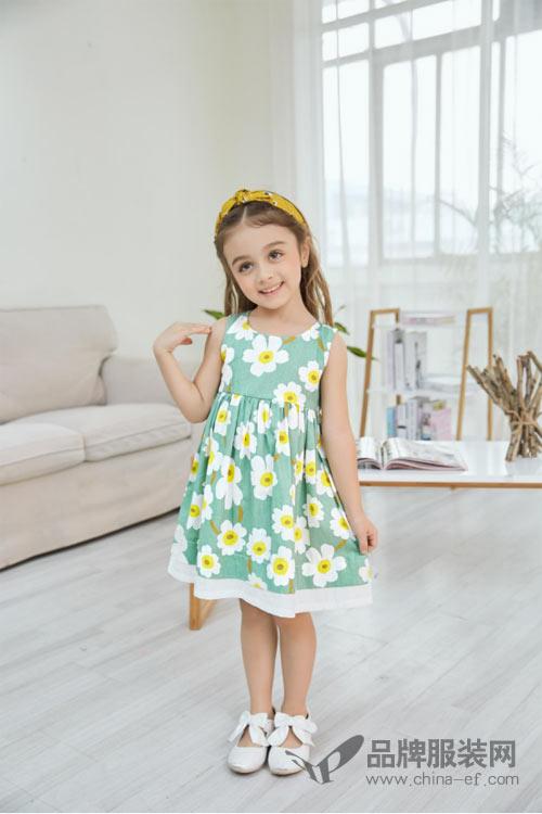 """""""小猪宾果""""精致美丽的裙装搭配 让小公主得到更多的宠爱"""