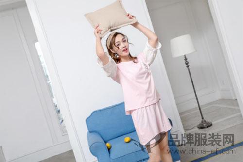 珍妮芬的简约时尚睡衣 让你发现舒适美丽新世界!