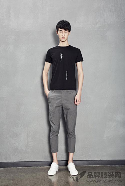 无短袖不夏天 1943S男士T恤也能穿出百种搭配