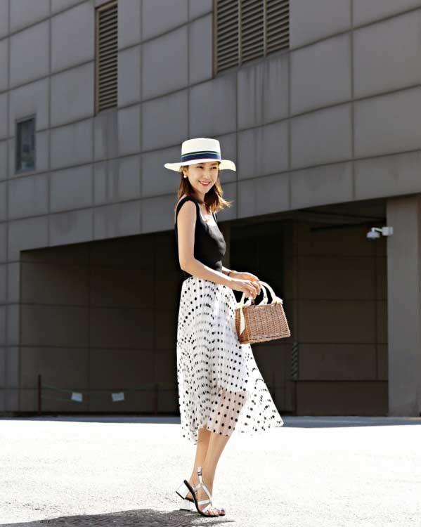 聚多品:波点半身裙如何搭配 夏日最美穿搭气质又迷人