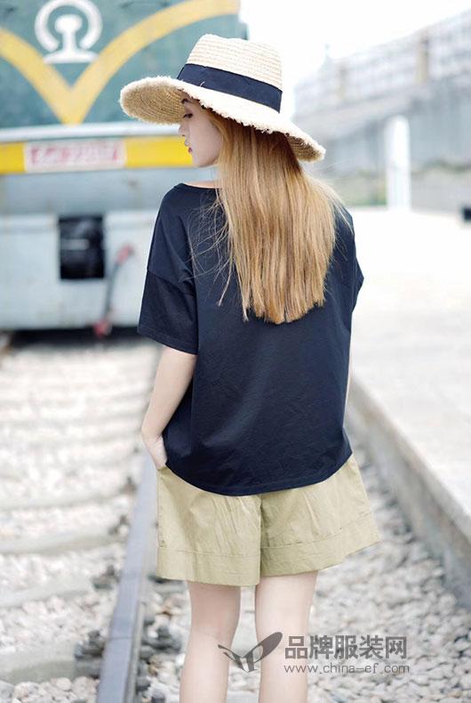 底色女装2018夏季新款 超有个性的短袖T恤来袭