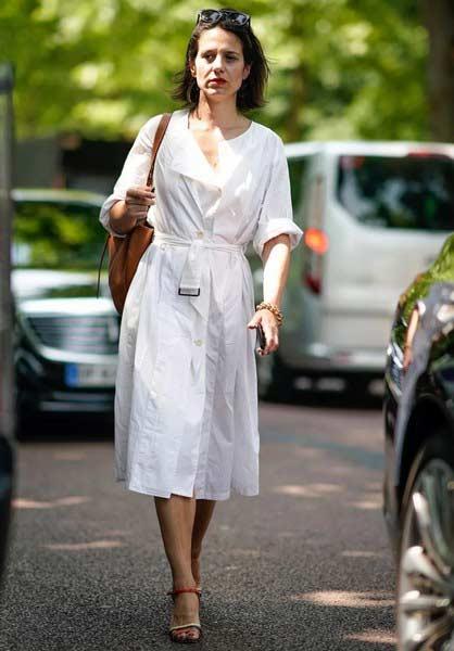 聚多品:<a href='http://fashion.china-ef.com/list-96-1.html'  style='text-decoration:underline;'  target='_blank'>时髦</a>又百变 衬衫裙凹造型从不敷衍